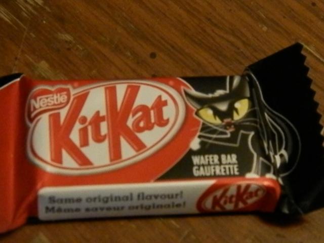 Hallowe'en KitKat!!