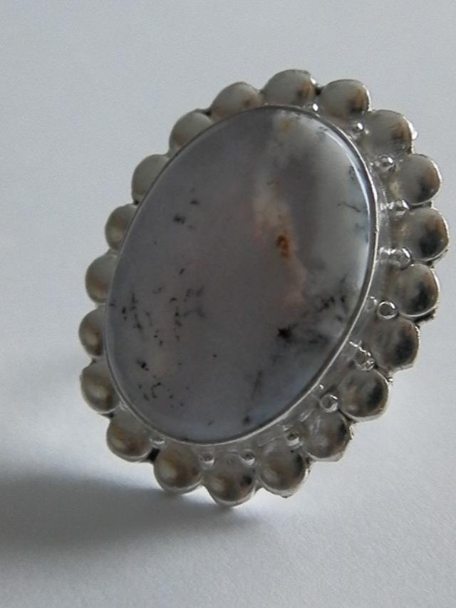 dendritic opal!