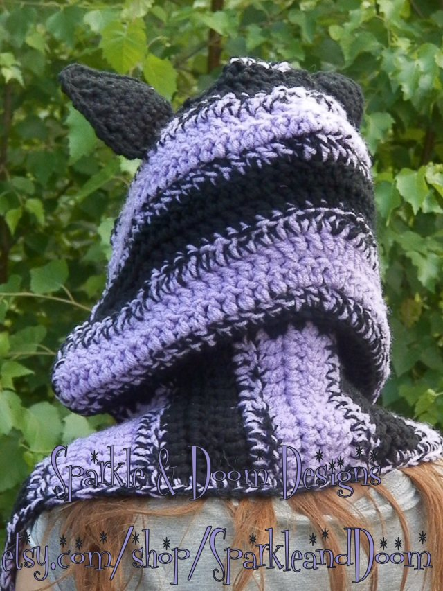 Back view. Nice neck coverage from the scarf part.